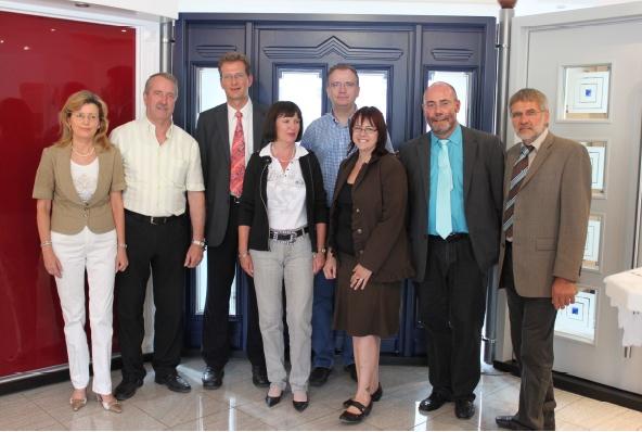 v.l. Annette Mesken, Hermann Mesken, Ralf Brauksiepe, Monika Schick, Martin Arnst, Sonja von Zons, Thomas Bullmann und Jürgen Sötebier